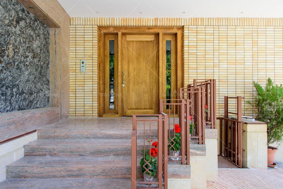 آجر نسوز در طراحی ورودی ساختمان